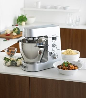 kenwood-cooking-chef-km096-beim-mixen